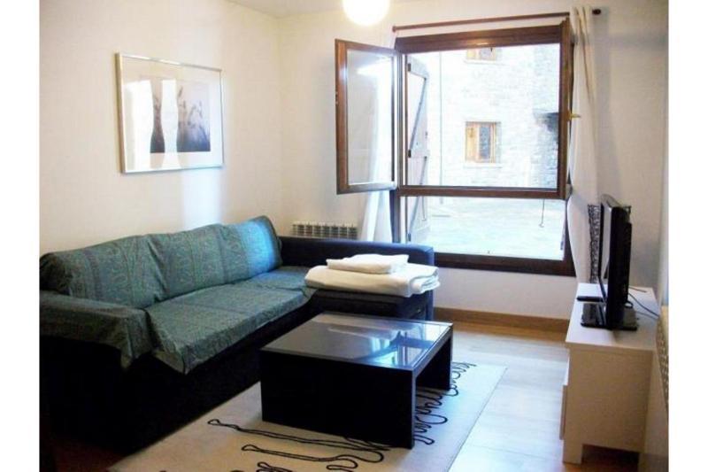 Room Apartamentos Sallent-escarrilla 3000
