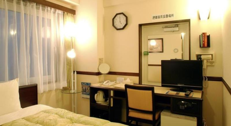 Toyoko Inn Osaka Tsuruhashi Ekimae - Room - 8