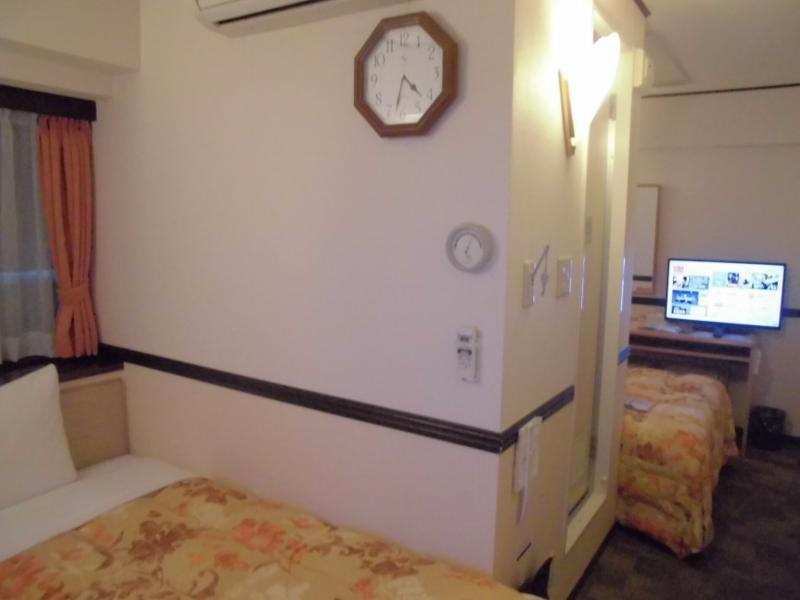 Toyoko Inn Shin-Osaka Chuo-Guchi Shinkan - Room - 1
