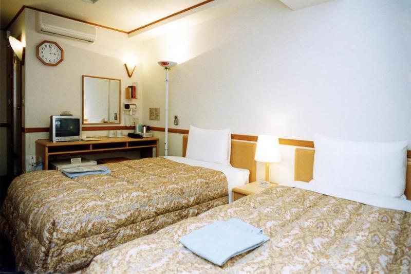 Toyoko Inn Shin-Yokohama Ekimae Shinkan - Hotel - 2