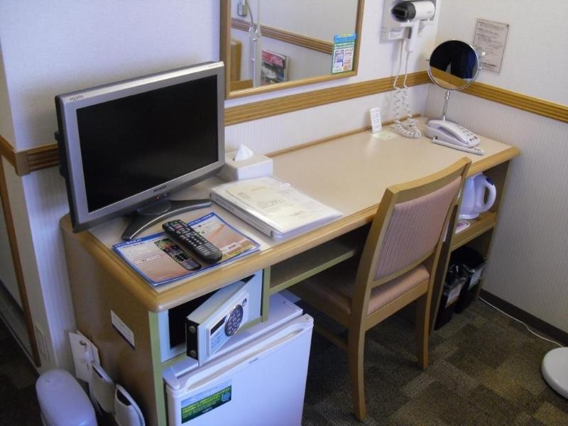 Toyoko Inn Shin-Yokohama Ekimae Shinkan - Hotel - 1
