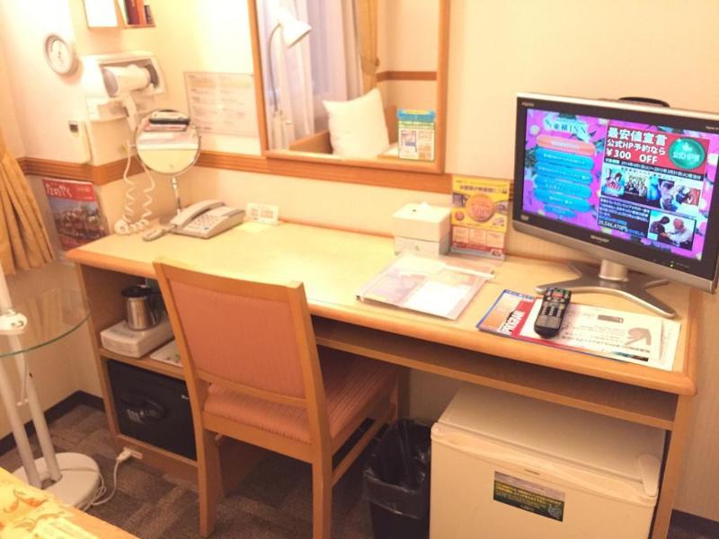 Toyoko Inn Tokyo Uguisudani Ekimae - Hotel - 2