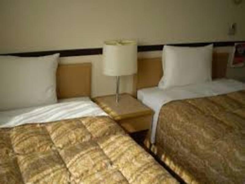 Toyoko Inn Yonezawa Ekimae - Room - 5