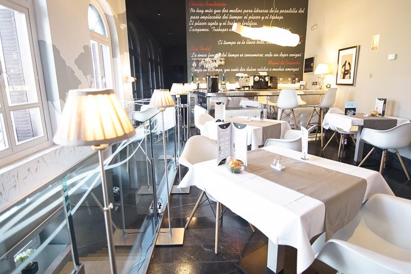 Bar Petit Palace Savoy Alfonso Xii