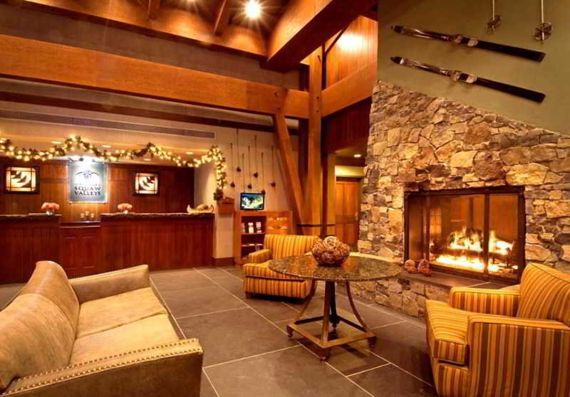 Lobby The Village At Squaw Valley