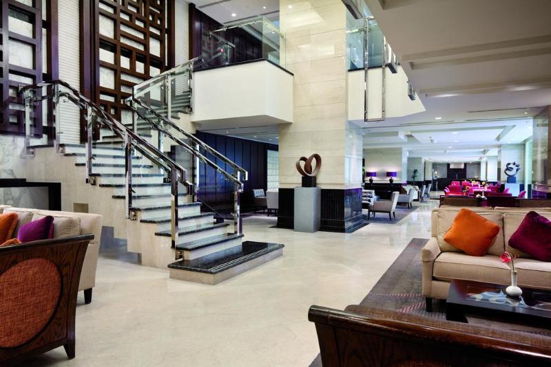 Lobby Fairmont Makkah Clock Royal Tower