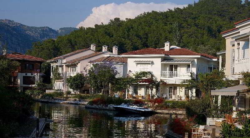 General view Portville Holiday Villas