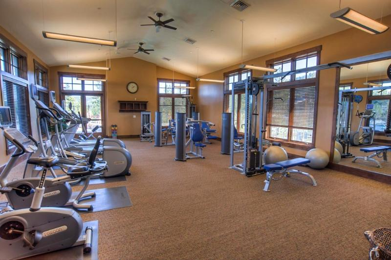 Sports and Entertainment Tahoe Mountain Lodging