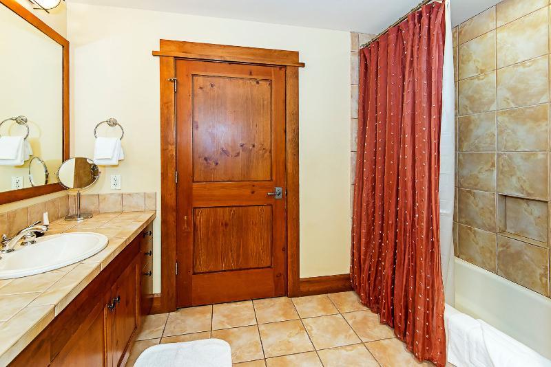 Room Iron Horse Lodge