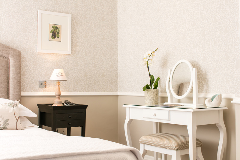 Room Longueville Manor