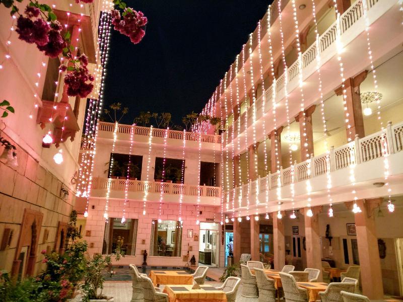 General view Suryaa Villa (a Classic Heritage Hotel)