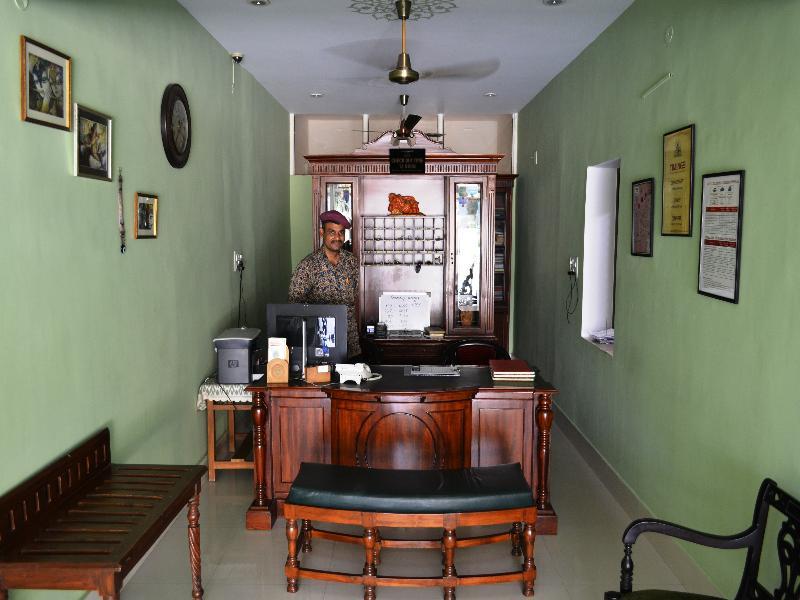 Lobby Suryaa Villa (a Classic Heritage Hotel)