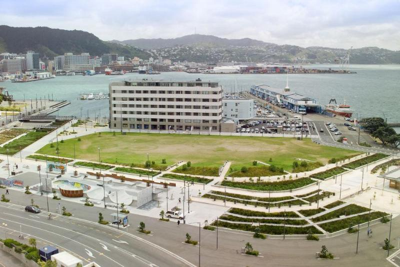 General view The Bay Plaza