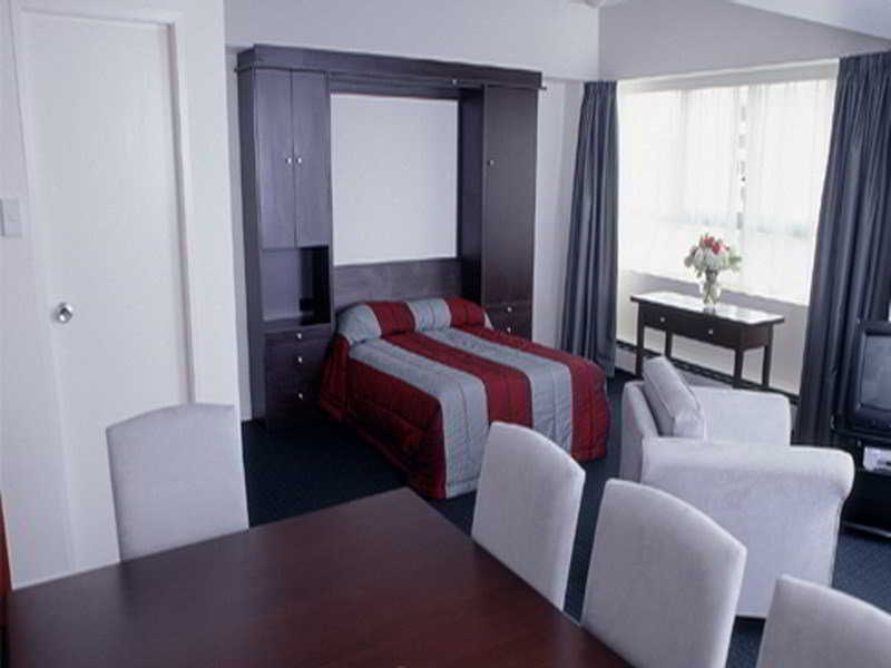 Room The Bay Plaza