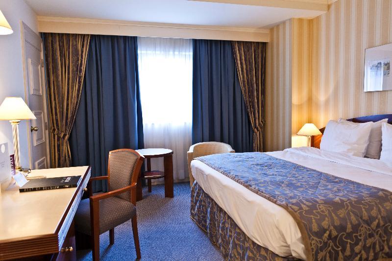 Room Le Chatelain Hotel