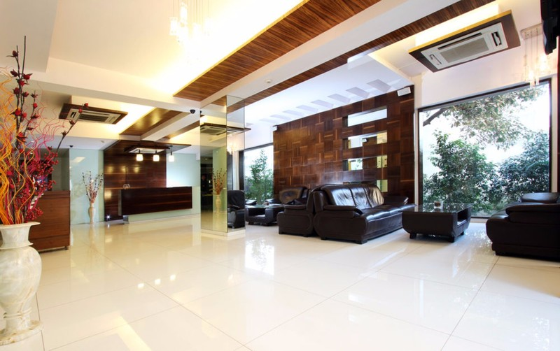 Lobby Keys Hotel Nestor Mumbai