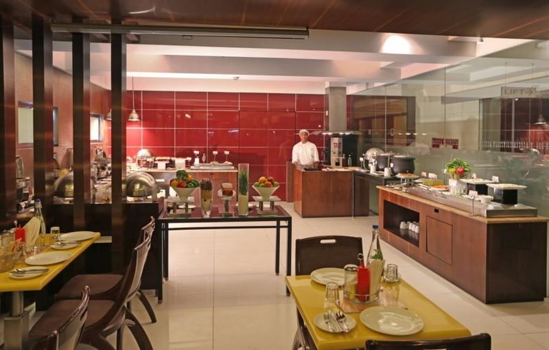 Restaurant Keys Hotel Nestor Mumbai