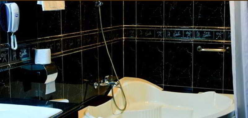 Luxury World - Room - 6