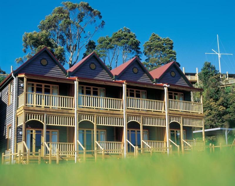 Strahan Village - Hotel - 2