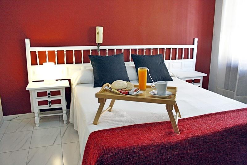 imagen de hotel Hotel Virgen De Los Reyes (Malag