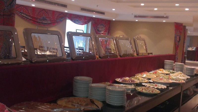 Restaurant Ajyad Crom Hotel