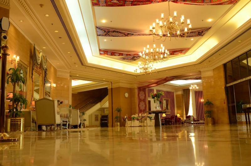 Lobby Makkah Grand Coral