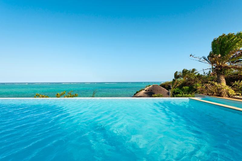 Pool Melia Zanzibar