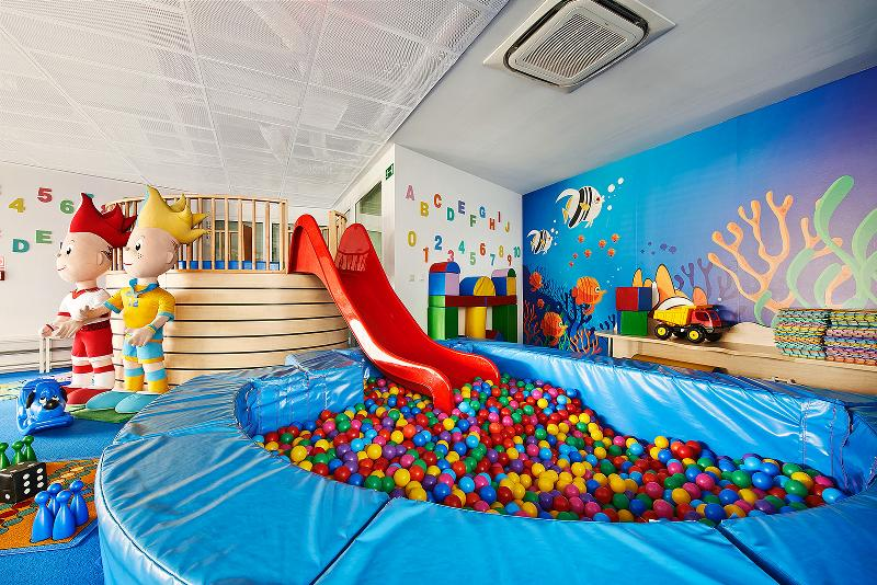 Sports and Entertainment Marine Hotel By Zdrojowa