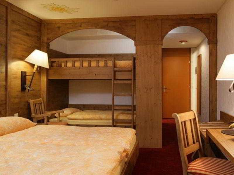 Room Central Residence