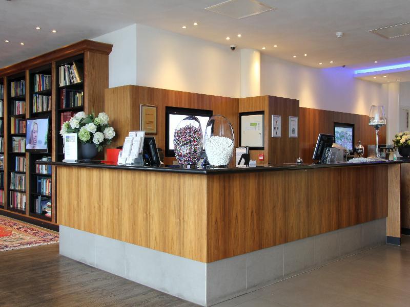 Lobby Bastion Hotel Vlaardingen