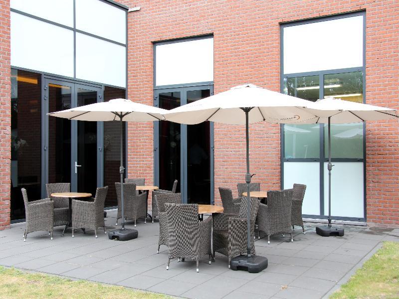 Terrace Bastion Hotel Vlaardingen