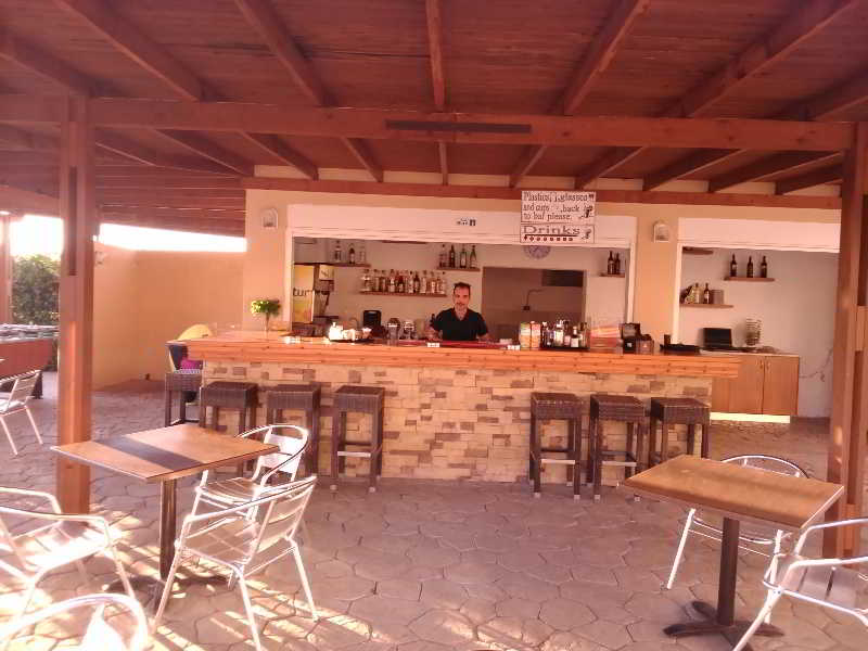 Bar Roselands
