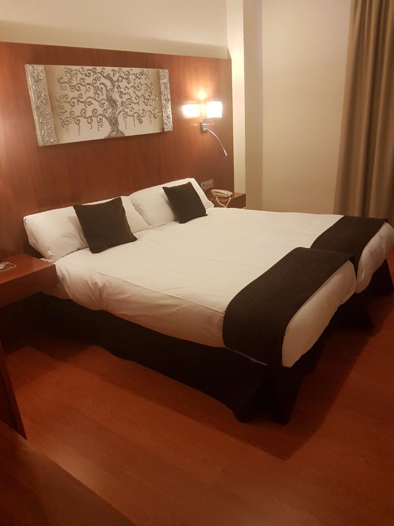 Room Hotel Familia Conde