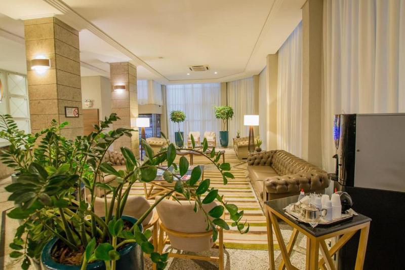 Lobby San Juan Royal