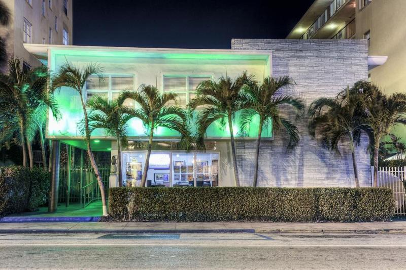 General view Suites On South Beach