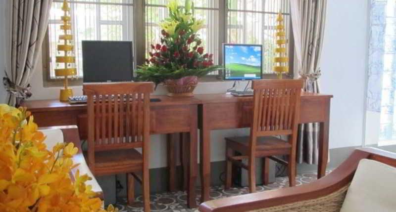 Royal Mekong Boutique - Sport - 2