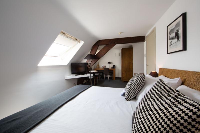 Room De Flandre