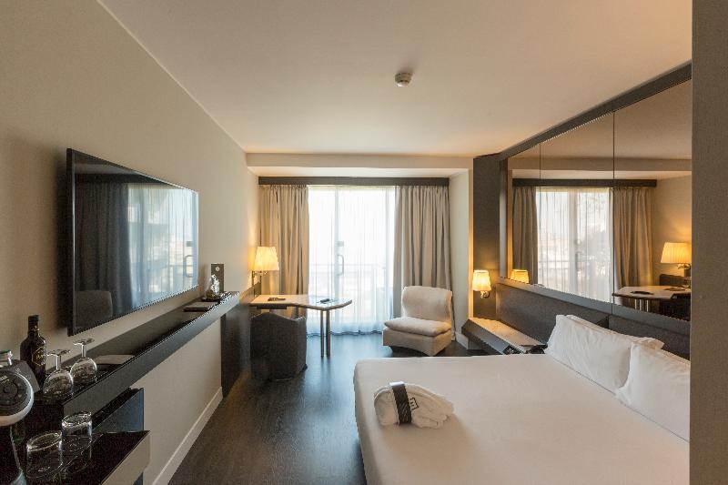 The Nicolaus Hotel Bari