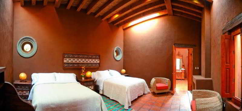 Room Hacienda Ucazanaztacua
