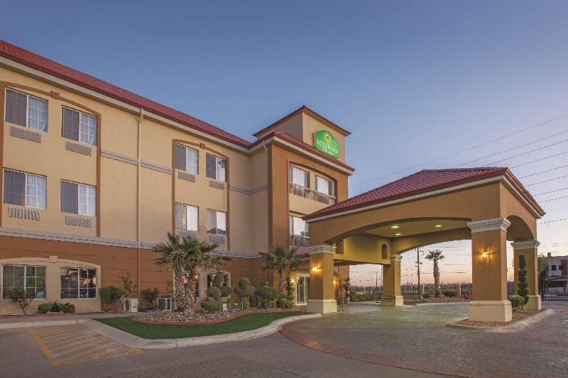 General view La Quinta Inn & Suites Ciudad Juarez Near Us