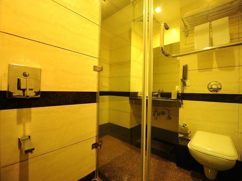 Clarks Inn Amritsar - Room - 8