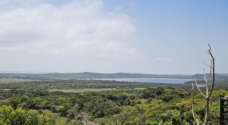 General view Elephant Lake Inn