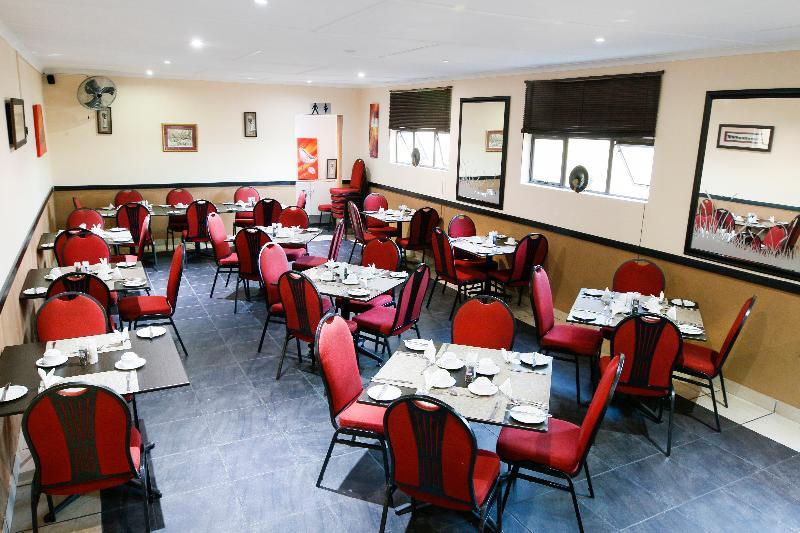Restaurant Elephant Lake Inn