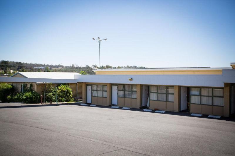 Best Western Abel Tasman Airport Motor Inn - Hotel - 1