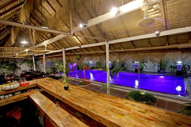 Wooden Angkor Hotel - Bar - 3