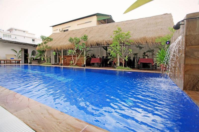 Wooden Angkor Hotel - Pool - 11