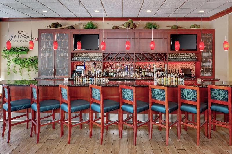 Bar Hilton Garden Inn Chicago Ohare Airport