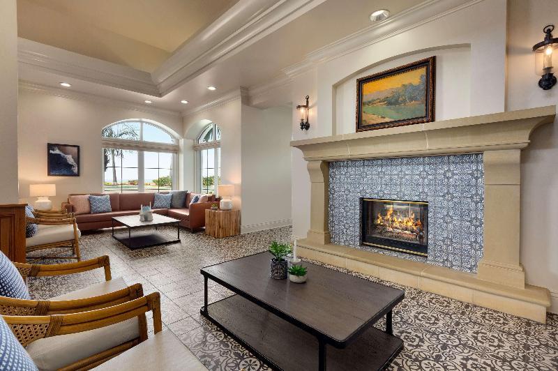 Lobby Hilton Garden Inn Carlsbad Beach