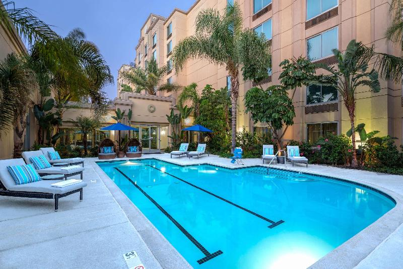 Pool Doubletree By Hilton Hotel Los Angeles Commerce