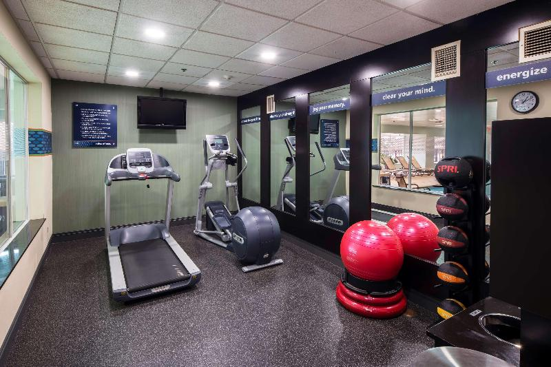 Sports and Entertainment Hampton Inn & Suites Chicago Lincolnshire